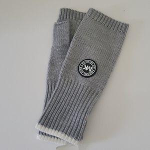 🆕️  Michael Kors Sport Logo Fingerless Gloves